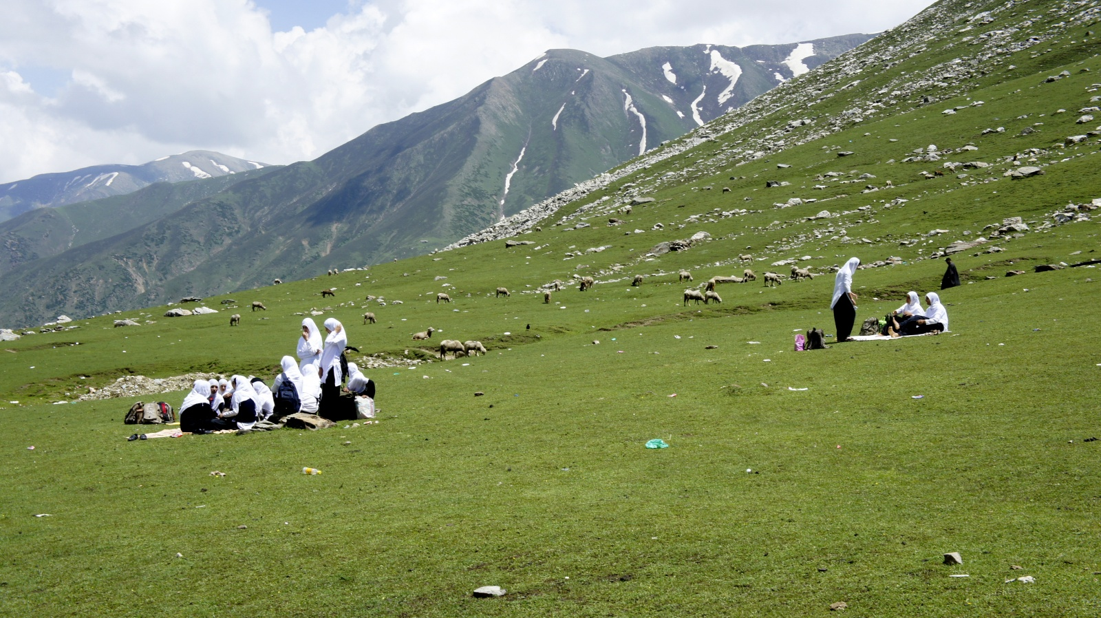dating places in kashmir