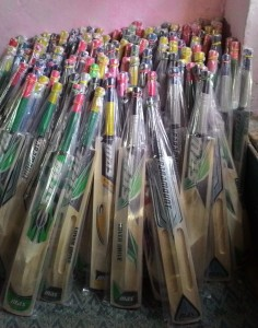 Rifat Jan, kashmir willow bats, willow bats, making bats, manufacturing bats, kashmir entrepreneurs, kashmir women, women success stories, kashmir women stories, kashmir business women, MAS bats, kashmir MAS bats, kashmir willow
